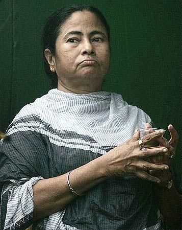 印度铁路部长玛玛塔·班纳吉(Mamata Banerjee)