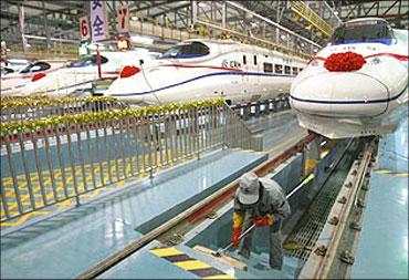 印度人看中国:中国CRH2动车组