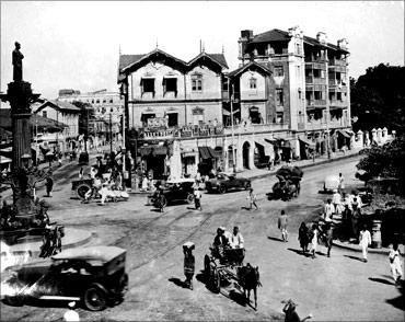 印度人看上海:印度孟买的一个路口