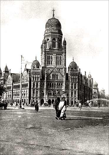 忘记上海:印度孟买市政公司大厦(Municipal Corporation Building)