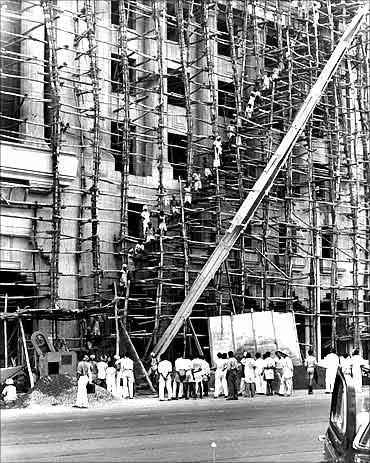 印度人看孟买和上海:孟买正在建设的印度商贸银行(Mercantile Bank of India)