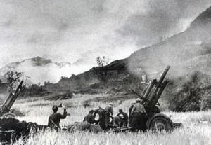 印度人看1962年中印战争,如果印度赢得1962年中印战争:中国军队炮击印军阵地