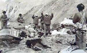 印度人看1962年中印战争:印军士兵投降