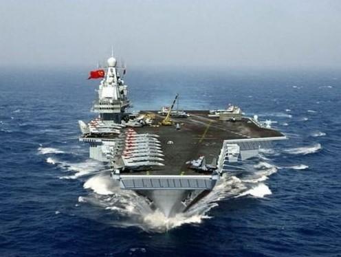 中国首艘航母开始海试