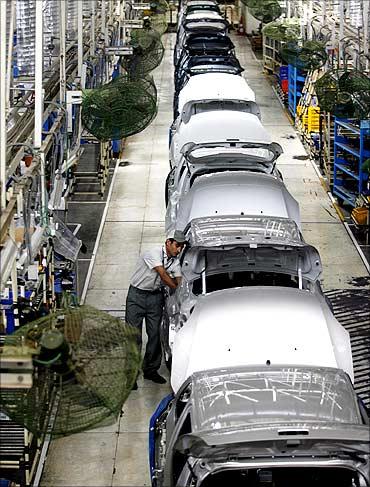 印度人:印度的汽车生产线