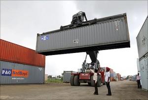 印度人看中国和印度的出口:印度古吉拉特邦萨南德(Sanand)无水港