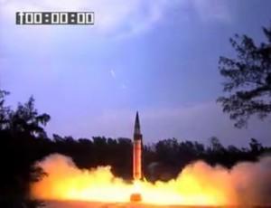 印度成功试射烈火5导弹