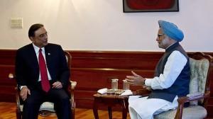 中国努力改善印巴关系:印度总理辛格和巴基斯坦总统扎尔达里