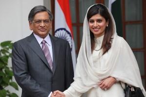 印度中国巴基斯坦:印度外长克里希纳声称南海是全世界的财产