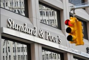 国际评级机构标准普尔(S&P)将印度主权信用评级前景从稳定下调至负面