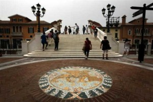 中国首家纯正意式奥特莱斯:天津武清佛罗伦萨小镇