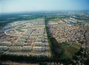 喀什有两副面孔,老城和新城
