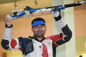 加甘·纳朗在10米气步枪决赛中射落铜牌,打开了印度奥运会的奖牌榜。