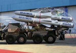 印度欲在藏南部署布拉莫斯导弹,可打击山后目标