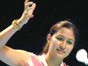 印度女子羽球双打和混合双打选手杰娃拉·古塔的母亲刚好是中国人