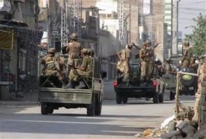 前往围剿塔利班的巴基斯坦军队