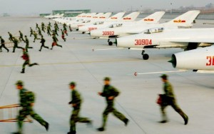 山东济南某军事基地,中国空军士兵正在训练