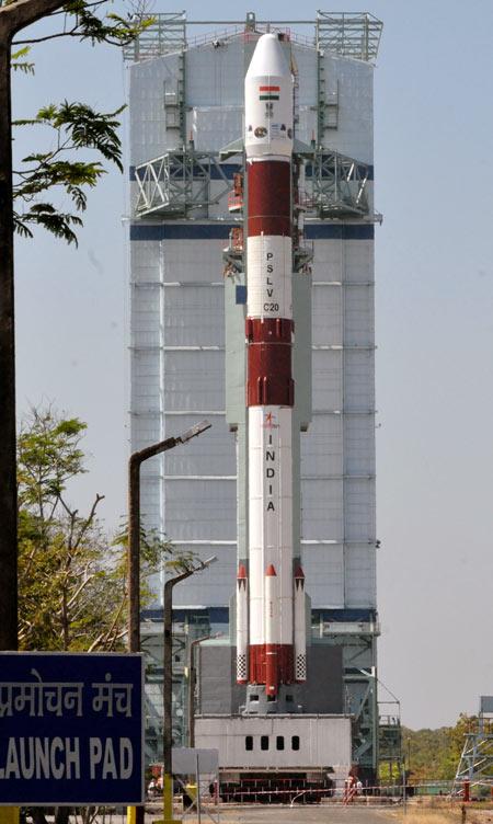 如果印度可以造火箭,为何还要买捷克卡车